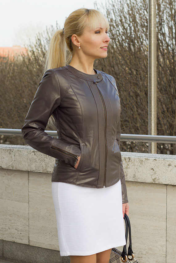 Fashion  leather jacket with zipper