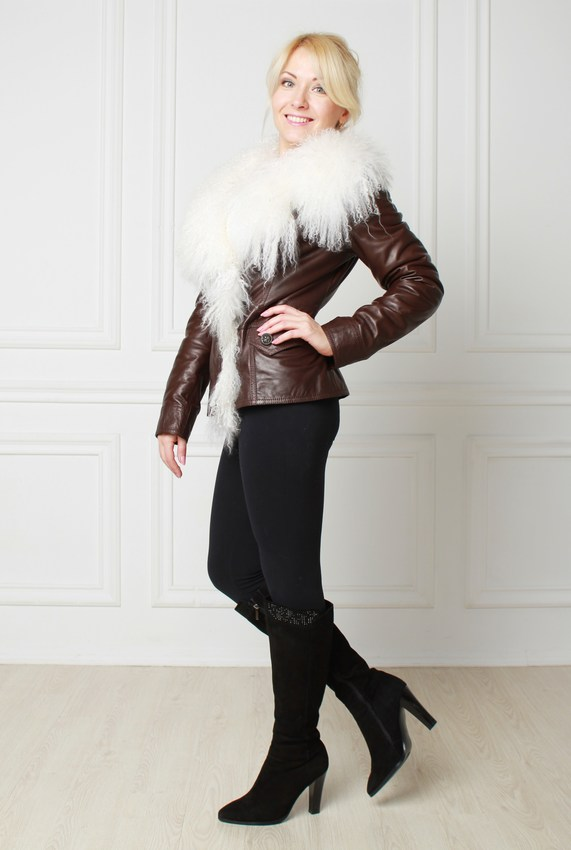 Leather jacket with fur : Short leather jacket with hood, fur Lama ...